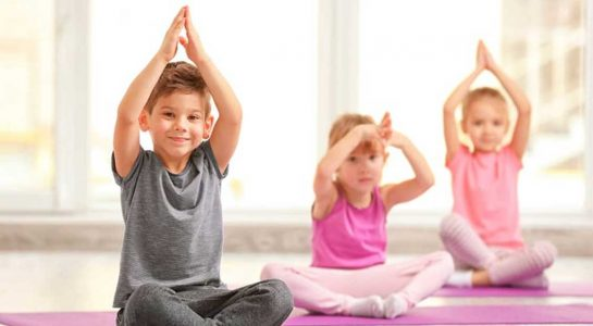 OliverioCromwell-talleres-12-yoga-1