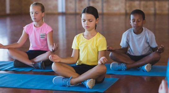 OliverioCromwell-talleres-12-yoga-2